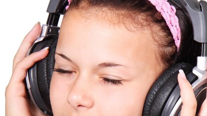 Perda auditiva também afeta os mais jovens