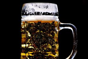 bebida-acoolica-sono-otorrinos-curitiba