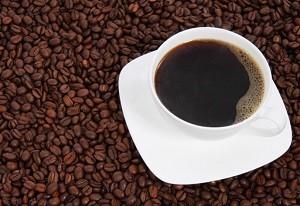 excesso-cafe-refluxo-azia-queimacao