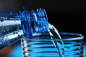 hidratacao-agua-intoxicacao-alimentar